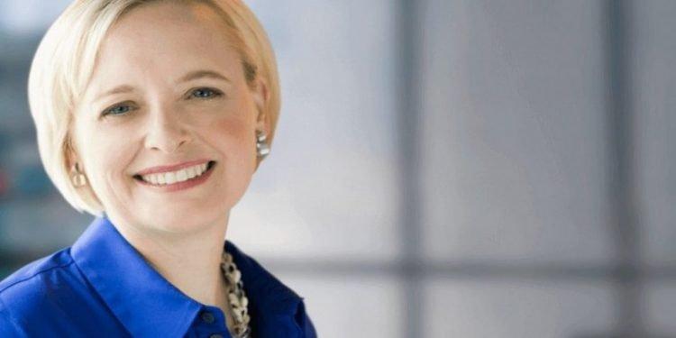 Julie Sweet Accenture CEO